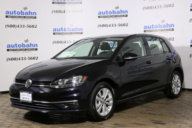 New 2018 Volkswagen Golf SE