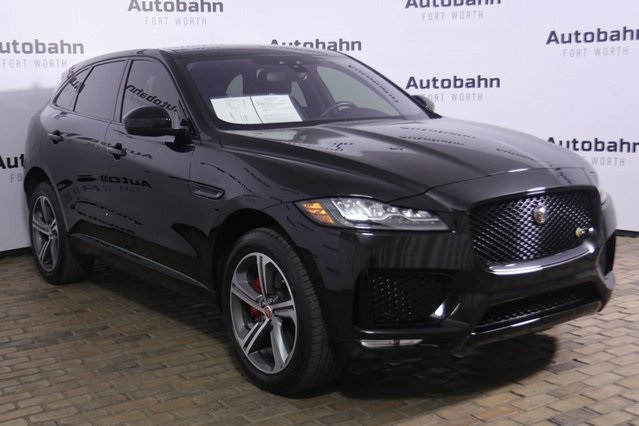 Pre-Owned 2017 Jaguar F-PACE S USED